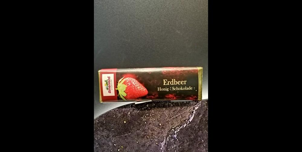 Almenland Schokolade Erdbeere 80g